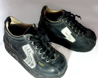 SWEAR Platform 90s Sneakers CYBER GOTH high platform boots