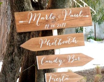 Panneaux direction pour mariage. Flèche personnalisables bois . Flèche mariage.Signalétique bois. Wedding wood sign