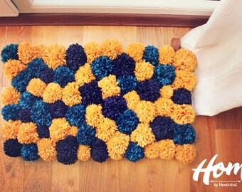 Pom Pom Rugs / Bedroom Pompom Rugs / Nursery Rugs / Living Room Rugs / Soft Area Rugs / Bathroom Rugs / Custom Size / Handmade Floor Rugs