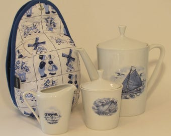 Teacosy standard Delfts Blue special made for matching vintage Delfts Blue teapot