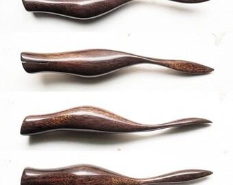 Ergonomic Right Oblique Calligraphy Pen - Blue Mahoe P2016_036