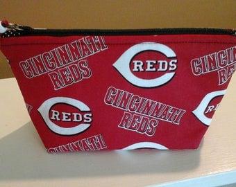 Cincinnati Reds pouch