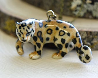 Hand Painted Porcelain Leopard Panther Necklace, Antique Bronze Chain, Vintage Style, Ceramic Animal Pendant & Chain (CA051)