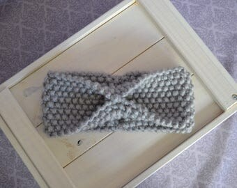 Knitted wool gray headband with a bow, cute, hand knitted, perfect for spring, fashion