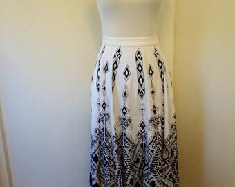 Vintage Tribal Skirt / Ethnic Skirt / Boho Clothes / Full Skirt