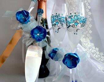 Blue wedding set of 4 Wedding knife and cake server Teal blue wedding glasses Wedding supplies Blue wedding ideas Hand painted wedding set