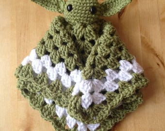 Star wars. Yoda baby blankie. Lovey. Cuddle blanket. Made to order