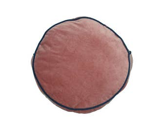 Round Piped Cushion (Pink Velvet)