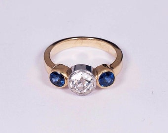 18K Yellow Gold Diamond and Sapphire Ring , Size 6.75