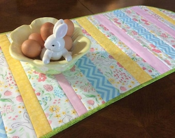 Quilted table runner etsy spring table runner easter table runner spring decor quilted table runner easter negle Image collections