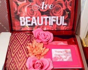 Custom Anniversary Care Package. Anniversary Gift for Wife. 50th Anniversary Gift. 1 year anniversary gift for her. Anniversary Card. Love