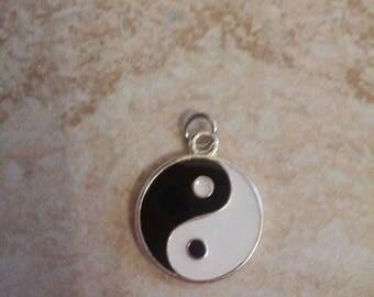 "Surfer symbol Chinese yin yang black and white enamel charm pendant 3/4"" tall"