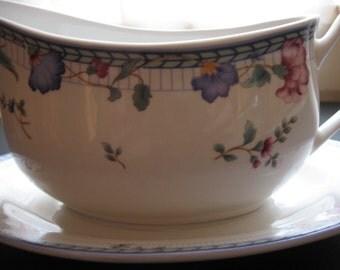 Oneida Gravy Bowl and Drip Plate Blue Lattice
