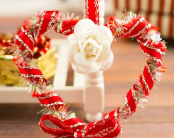 Red Heart Shaped Valentine's Day Wreath - 1:12 Dollhouse Miniature