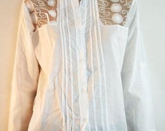 White Shirt, Summer Blouses, White Blouse, Lace Shirt, Lace Blouses, Vintage, White Shirt, White Blouse, Long Sleeve, Lace Blouse, Size M/L
