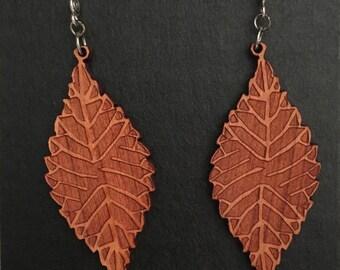 SImple Leaf Large, Cherry