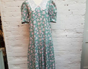Vintage Laura Ashley floral dress size UK 12