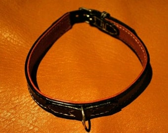 With lining dog collar.