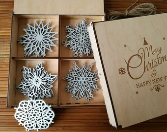 Wood Christmas Decoration, Snowflake Ornament, Christmas tree decorations, Wooden Snowflake, Christmas Gift, Christmas Ornament, Set of 8-20