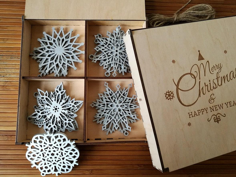 wood christmas decoration snowflake ornament christmas tree. Black Bedroom Furniture Sets. Home Design Ideas