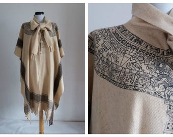 15%Spring Sale Vintage 1960s cape/ 60s wool poncho/ cream wool cape
