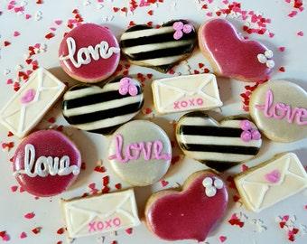 16 Valentine's Mini Cookies