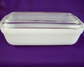 Vintage Fire King Refrigerator/Baking Dish