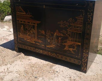 Vintage Chinese Tianjing Sideboard, Credenza