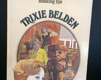 Trixie Belden The Mystery of the Blinking Eye by Kathryn Kenny #12 Oval PB 1970s