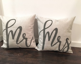 Mr & Mrs Throw Pillow Covers / Pillow Covers / Wedding Gift /  Bridal Gift / Rustic Pillow / Decorative Throw Pillows