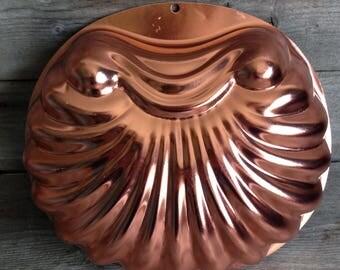 Vintage Wearever 6 cup jello mold #2980