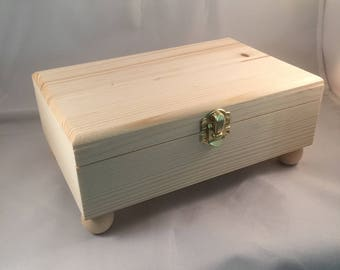 Unfinished Wood Box Hinged with Clasp and Ball Feet