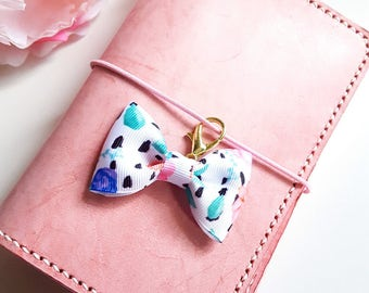 Chic Floral Planner Bow paperclip or TN Charm