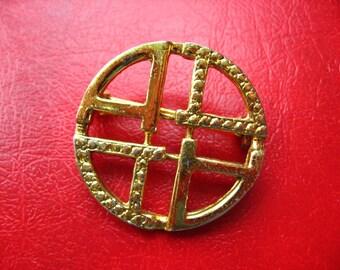 Gold metal round pin