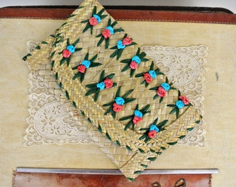 Vintage Tiki Palm Woven Clutch Purse