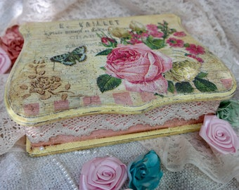 Shabby chic Wooden box, Vintage, Handmade