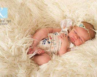Newborn baby girl romper,photographer prop,2way stretch material,borderanglaize cap sleeve,pretty aqua ribbon at back,tiny floral patterning