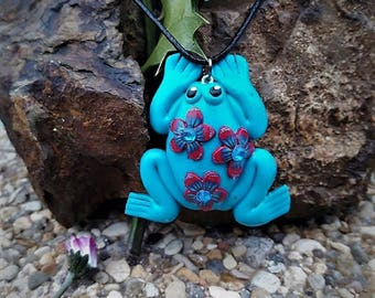 Blue Frog flowered in fimo necklace