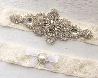 Ivory Wedding Garter Set NO SLIP grip vintage rhinestones