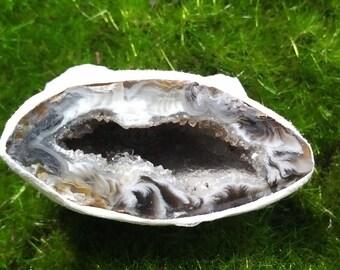 Agate Geode Half A7