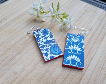 Blue & White Chinoiserie earrings - very light, wooden, stylish, rectangular earrings