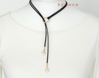 Y Choker necklace collar black gold ring