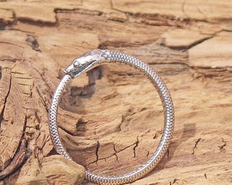 Sterling Silver Snake Ouroboros Ring Eating Tail Gothic Steampunk