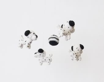 baby mobile dog  / baby mobile dalmatian / nursery decor dalmatian / nursery furniture / crib mobile dog / baby gift mobile / dalmatian dog