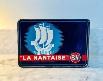 Very Rare Vintage French Tin