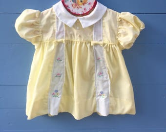 Vintage Baby Girl Dress, Size 6 to 9 months, Vintage Yellow Flower Embroidery Dress, Vintage Peter Pan Collar Baby Dress