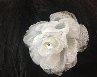 WYN - White Flower Hair Pins
