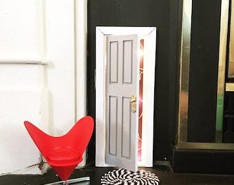 A Fairy Door that OPENS!!