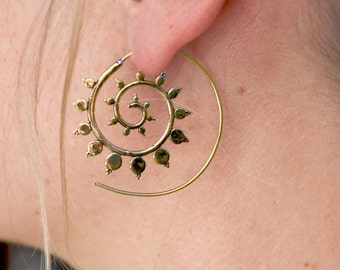 brass earrings spiral boucles d'oreille en laiton