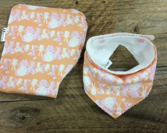 Set of baby bib, baby burp cloth, Baby bandana bib, baby bandana scarf, drool scarf, dribble bib, baby shower gift, baby burp rag, bib